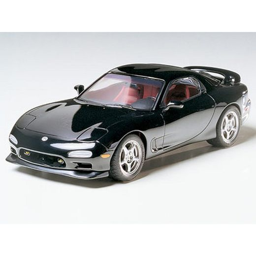maquette plastique tamiya 24116 mazda rx 7 r1 voiture de sport japonaise mod le rx 7 r1. Black Bedroom Furniture Sets. Home Design Ideas