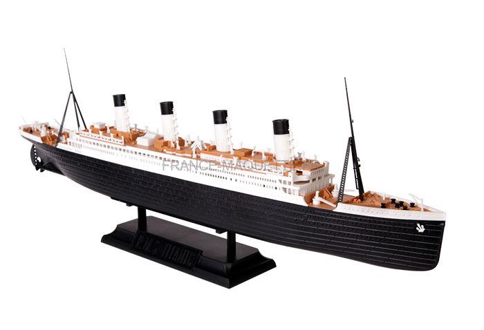 maquette bateau de croisi re r m s titanic 1 700 zvezda 9059. Black Bedroom Furniture Sets. Home Design Ideas