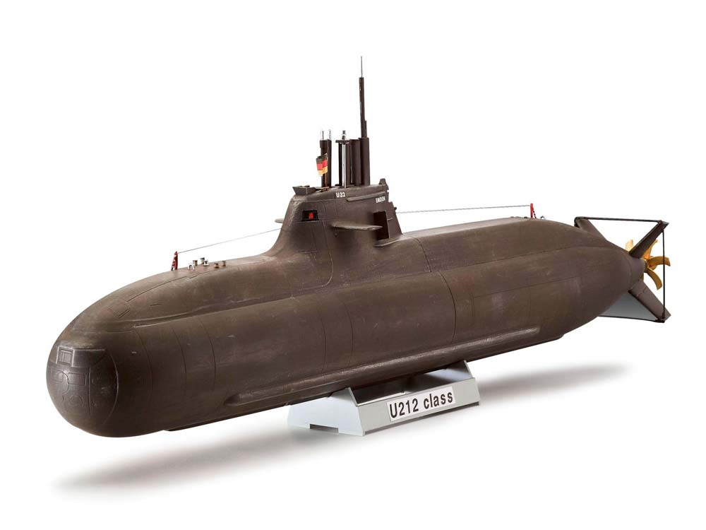 maquette de sous marin. Black Bedroom Furniture Sets. Home Design Ideas