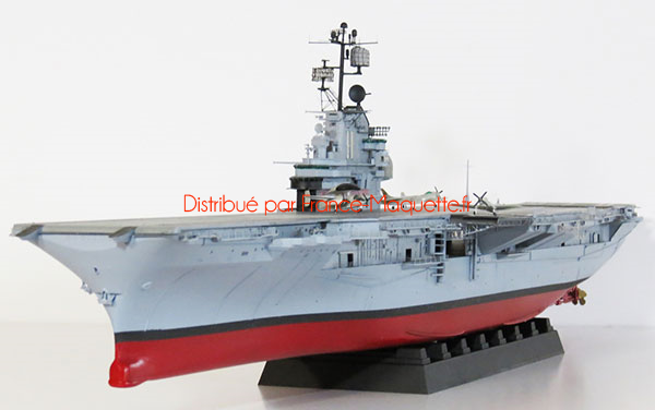 maquette de navire de guerre   uss intrepid cv-11 1969