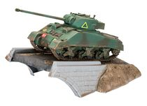 Maquette militaire : 1er Set Diorama - Sherman Firefly - 1:76 - Revell 03299 3299