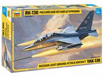 Maquette d'avion militaire : YAK-130 - 1/48 - Zvezda 4821
