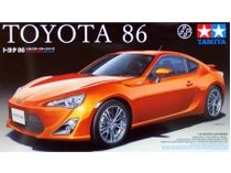 Toyota 86 AE86 SPORTS CAR - Italeri 24323