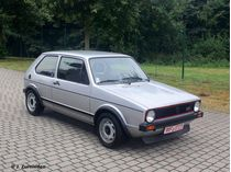 Maquette de voiture : Volkswagen Golf 1 GTI - 1/24 - Revell 07072