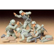 Figurines militaires : Servants de mortier allemands - Tamiya 35193