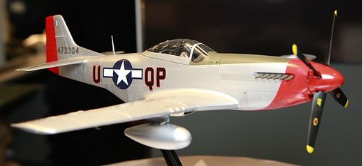 Maquette avion militaire : North American P-51D Mustang- 1/32 - Tamiya 60322