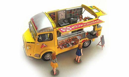 Maquette voiture de collection :Camionnette Citroën H - 1/24 - Ebbro 25013
