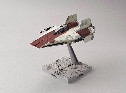 Maquette Star Wars : A-Wing Starfighter - Bandaï - 1:72 - Revell 01210, 1210