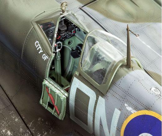 Maquette avion : Spitfire Mk.IXC - 1:32 - Revell 03927