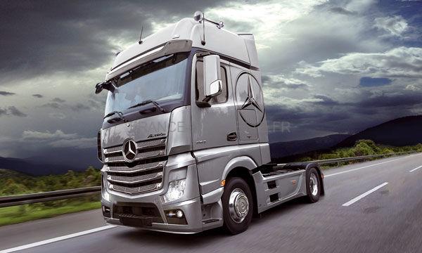 maquette camion mercedes actros gigaspace 1 24 italeri 03905. Black Bedroom Furniture Sets. Home Design Ideas
