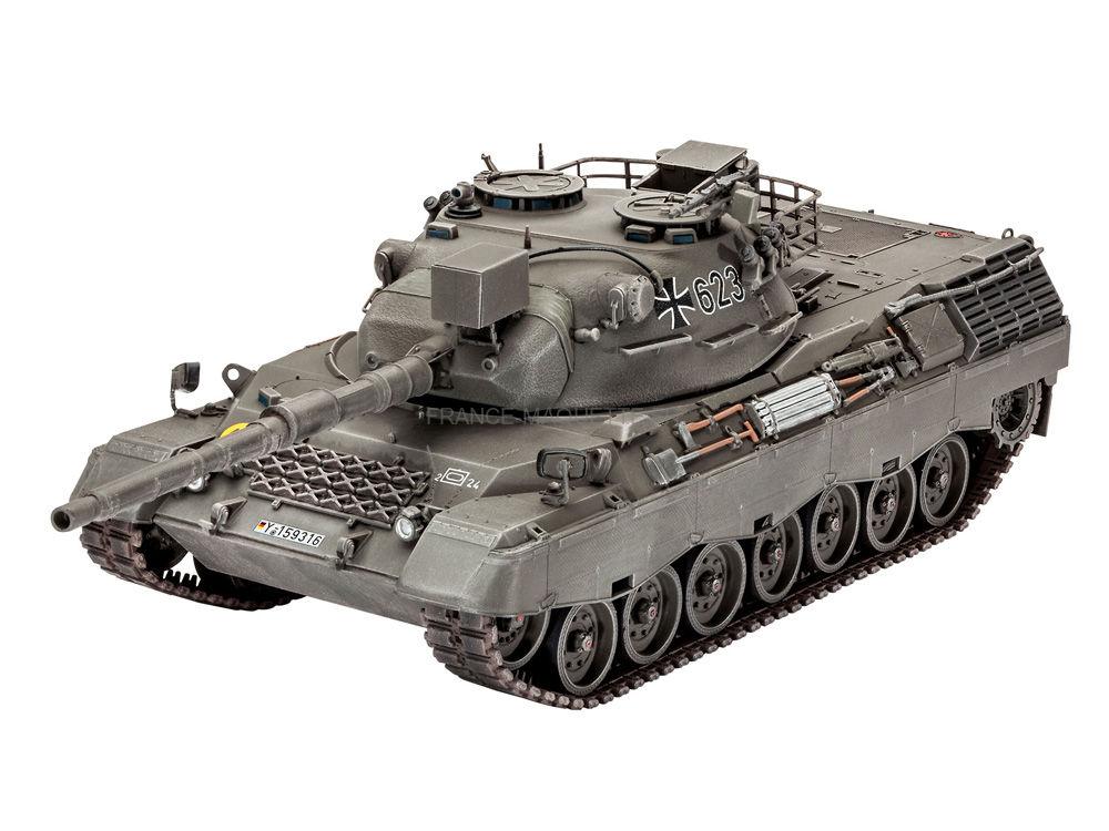 maquette char d 39 assaut leopard 1a1 1 35 revell 03258. Black Bedroom Furniture Sets. Home Design Ideas