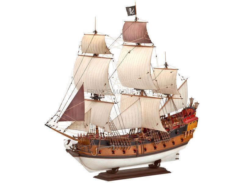 Maquette de voilier bateau pirate 1 72 revell 5605 - Image bateau pirate ...