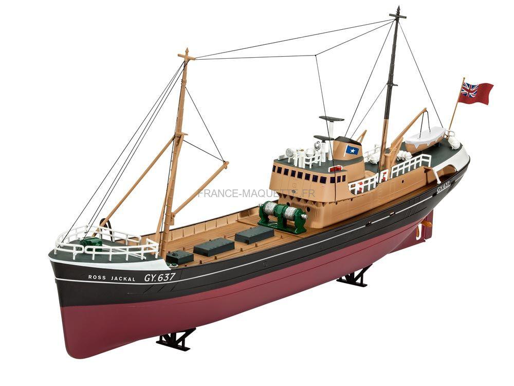 maquette de navire civil chalutier de la mer du nord 1 142 revell 05204. Black Bedroom Furniture Sets. Home Design Ideas